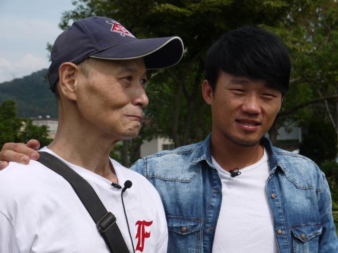 小破劉芙豪與啟蒙教練陳朝章-1